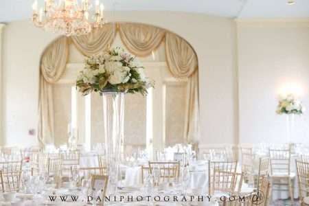 Gold Chiavari Chairs at the Hotel Northampton for a wedding