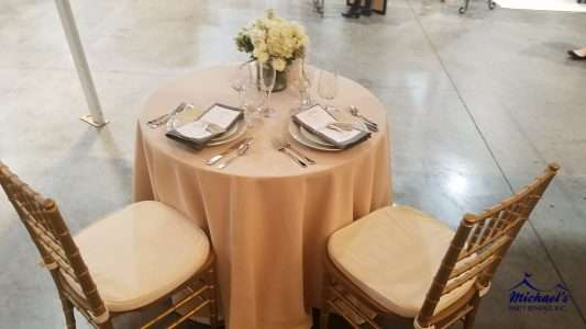 Wedding and chiavari chair rentals near Springfield, MA
